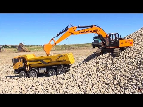 RC ADVENTURES - 1/12 Scale Earth Digger 4200XL Excavator & 1/14 8x8 Armageddon Dump Truck