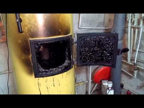 """Как чистить твердотопливный котел (камин) с помощью """"полена"""" (реальный тест-драйв)."""