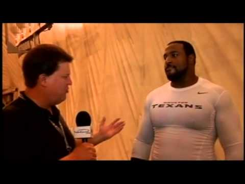 Texans LT Duane Brown Talks Boxing, Omar Figueroa
