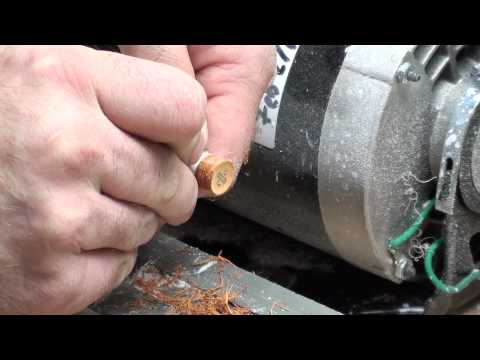 Replacing A Cue Tip Using A Cue Lathe