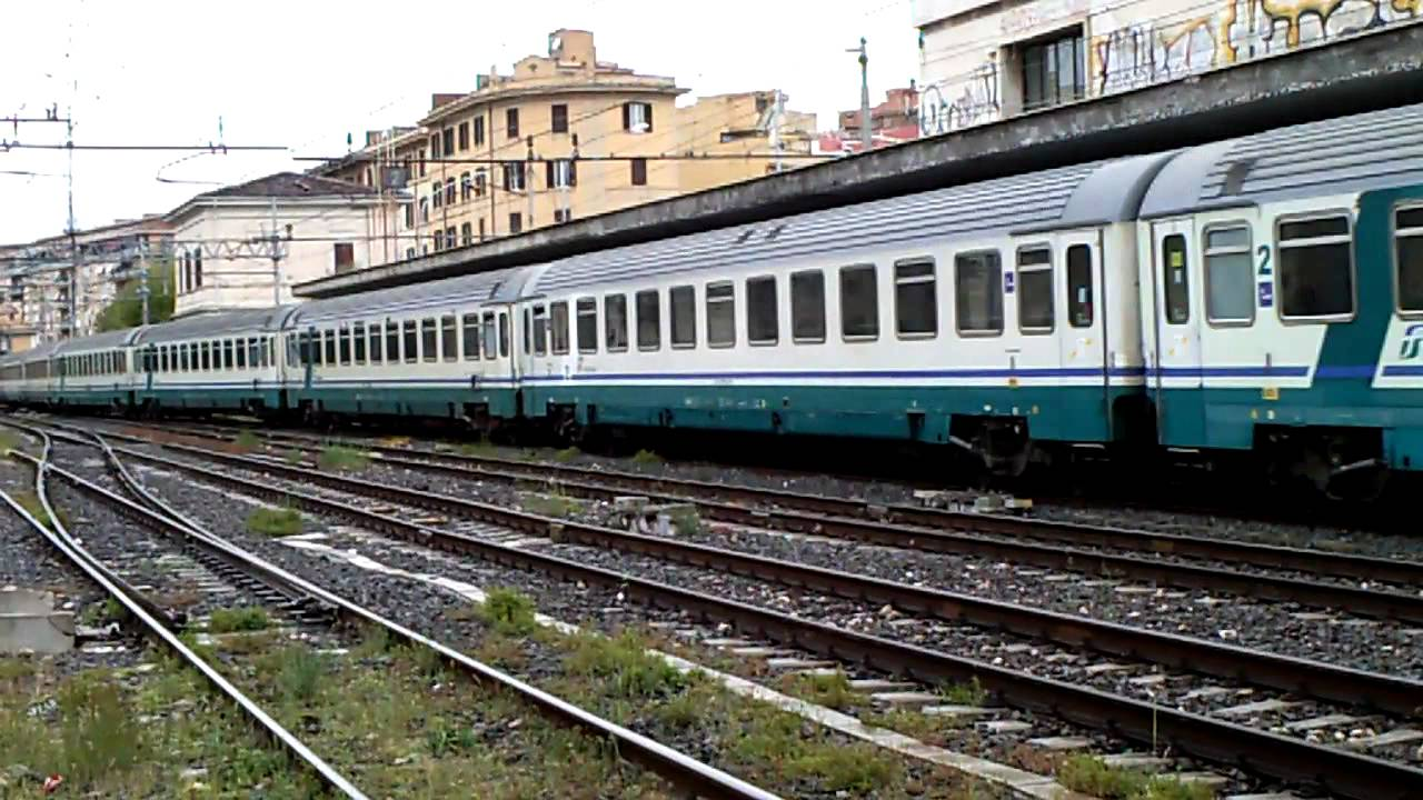Intercity 511 torino salerno in arrivo a roma ostiense - Orari treni milano torino porta nuova ...