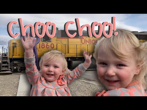 BABIES LOVE TRAINS!