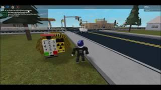 ROBLOX- nucléaire pour s'échapper!!!!!!!!!!!!! Dans une voiture!!!