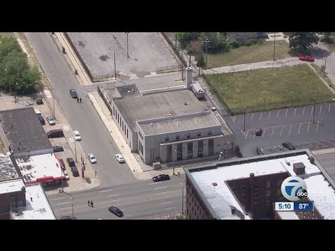 Highland Park Post Office back open after bomb threat, suspicious package found