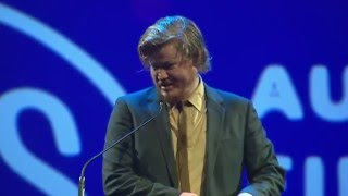 connectYoutube - Texas Film Awards: Jesse Plemons is inducted into the Texas Film Hall of Fame