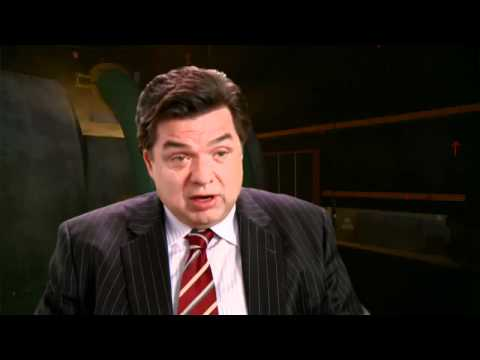 2012 - Official Oliver Platt Interview
