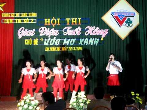 Thang nam hoc tro
