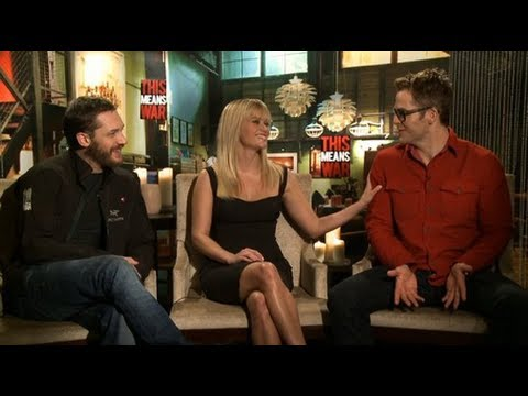 Reese Witherspoon, Chris Pine, And Tom Hardy Talk Romantic Risks And Going To War