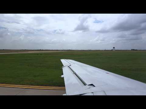 American E145 takeoff from Lawton