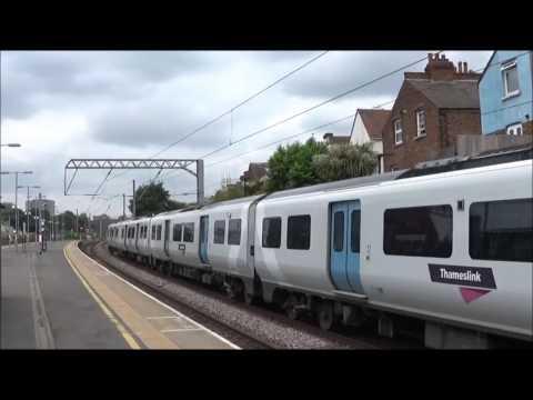 Trains at West Hampstead Thameslink | 31/05/2017