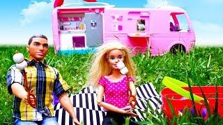 Nuovi episodi in italiano. Barbie e Ken fanno un picnic. Le avventure al campeggio