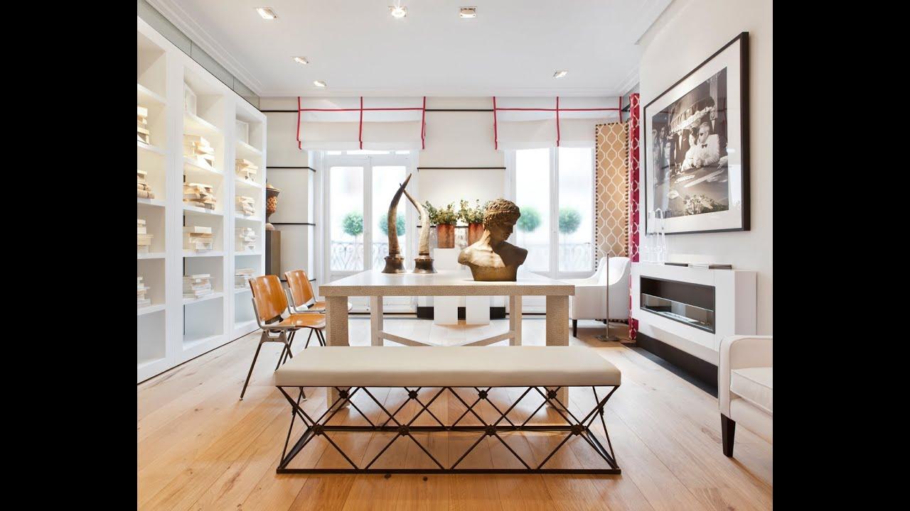 Dise o de interiores de una elegante sala de estar for Diseno de interiores sala de estar comedor