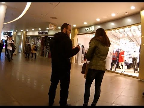 случайное знакомство в торговом центре