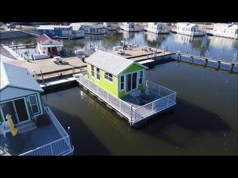 Harbor Hut Floating Cottage FOR SALE!