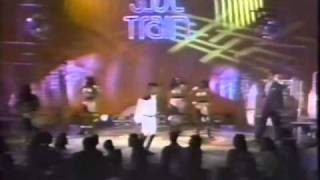 Joey B Ellis Soul Train.m4v