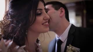 Очень красивая невеста и жених