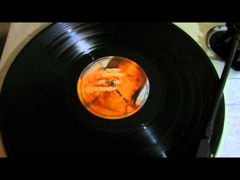 Paul McCartney & Wings -Some People Never Know -Wild Life
