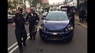 Detienen a menor; presuntamente robó un auto