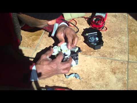 Video How To Reset Car Trunk Lock Doovi