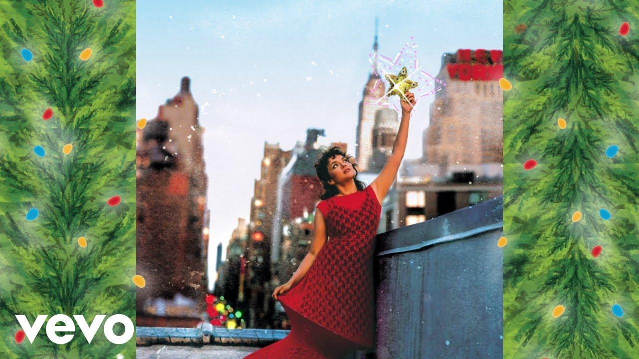 Norah Jones - Christmas Calling (Jolly Jones) (Visualizer)