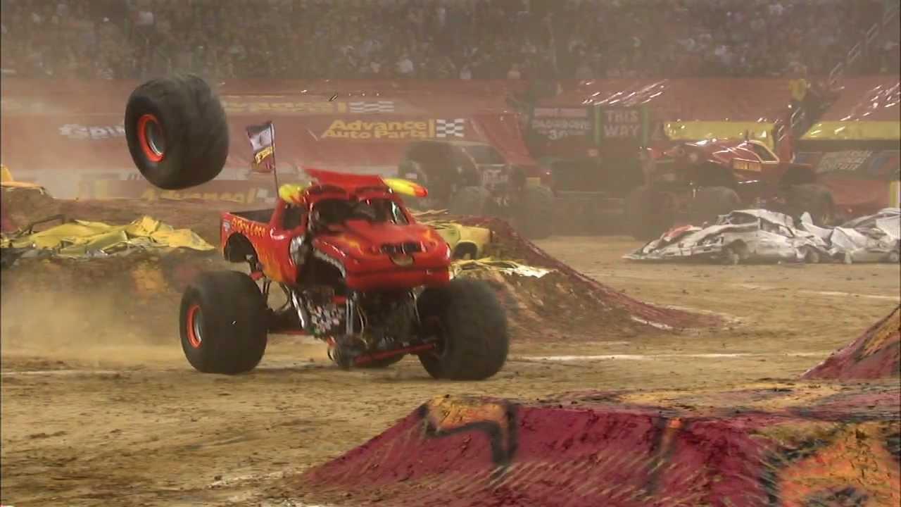 Monster Jam El Toro Loco Monster Truck Full Freestyle From Arlington Texas 2012 Youtube