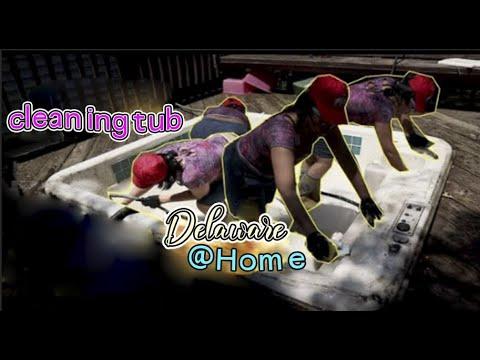 Clean jacuzzi tub 😋