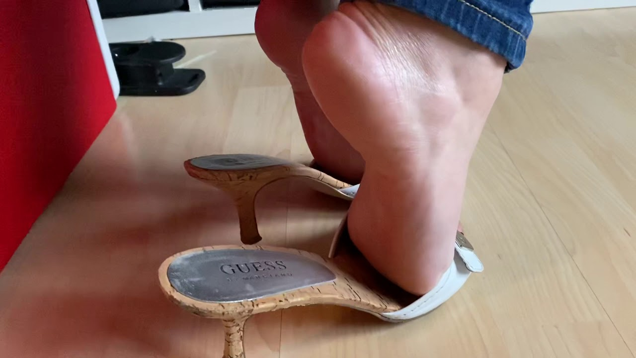 Mature feet play in Guess Mules by Pipa Feet