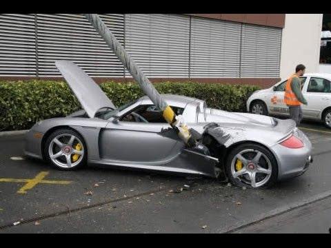 Videos de accidentes y choques de coches 2014