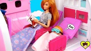 Bebés LOL Surprise y Mama Barbie de Viaje,  Van al Parque y Supermercado
