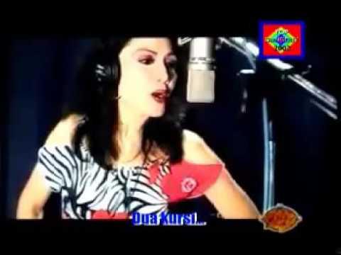 Rita Sugiarto ~ Dua Kursi