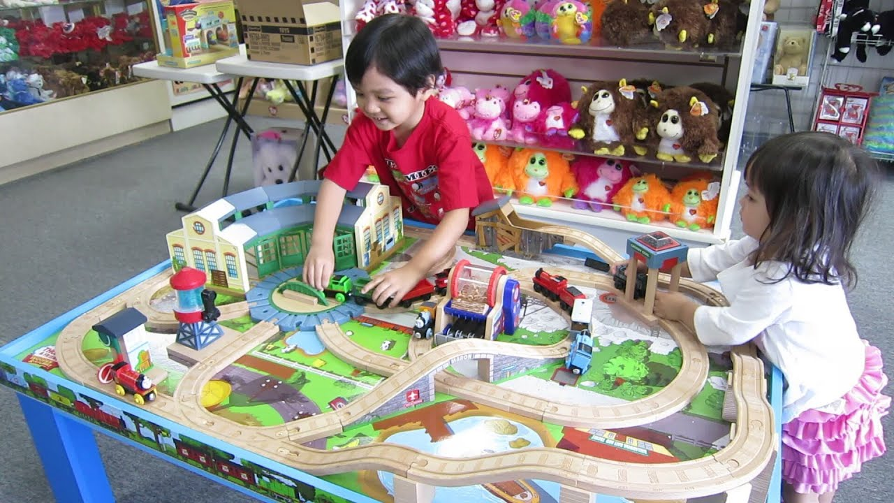 The Kids \u0026 the Thomas and Friends Wooden Table Play Set (Part 1) - YouTube  sc 1 st  YouTube : train set table for kids - pezcame.com