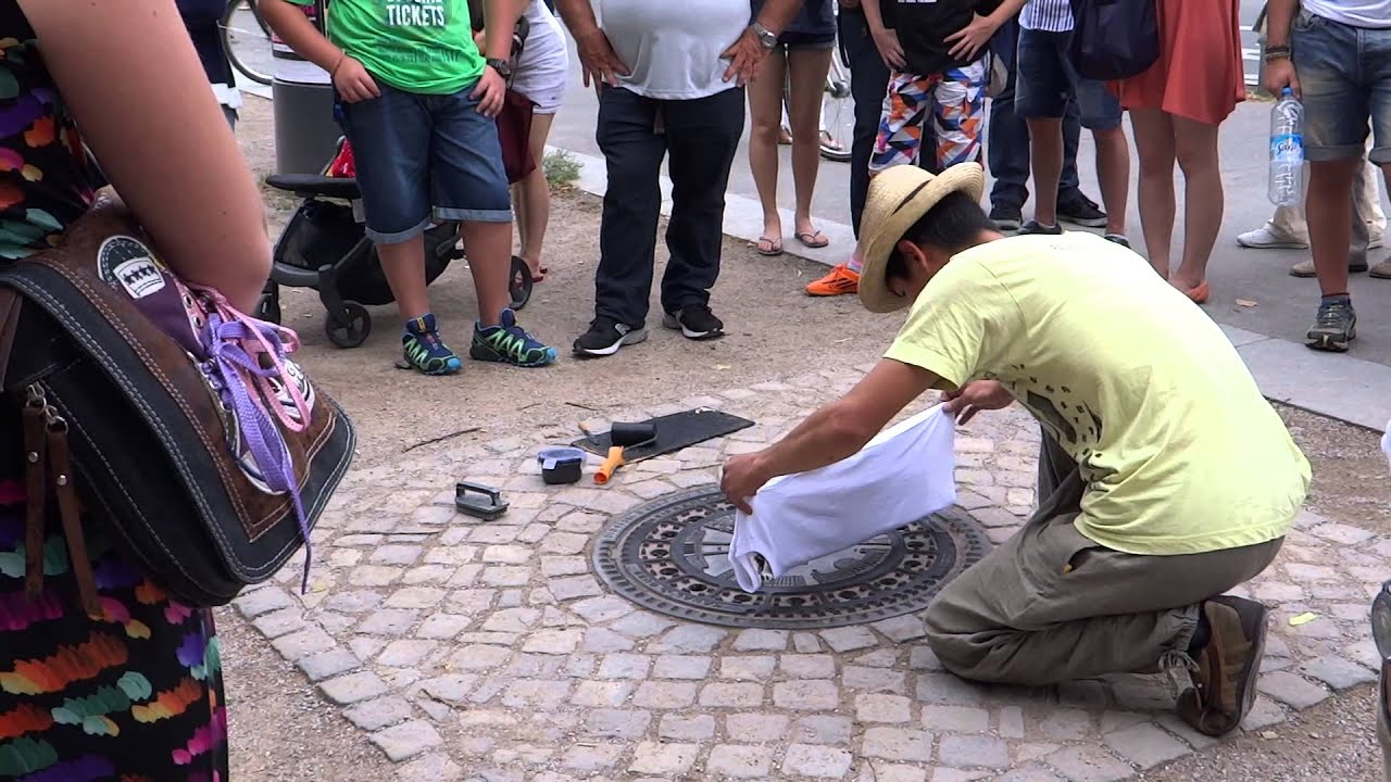 cd2a2223 T-Shirt printed from a Manhole Cover - only in Berlin - YouTube