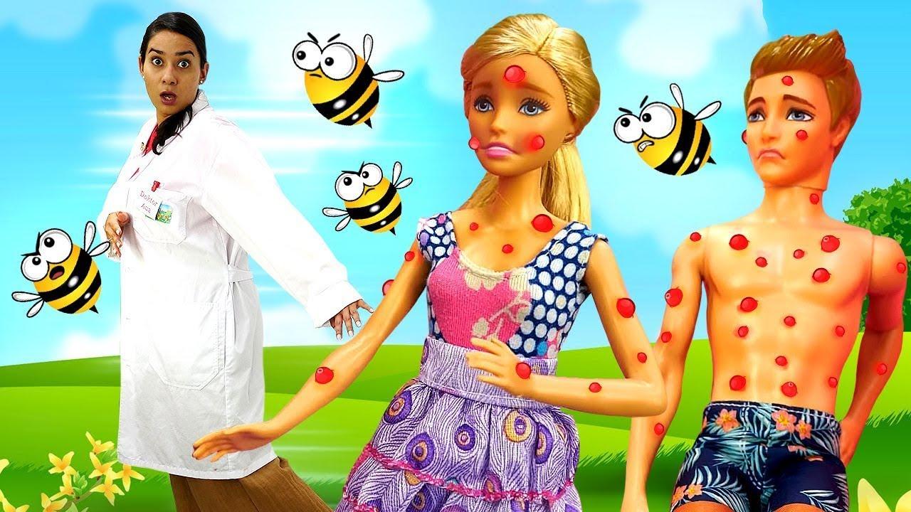 Puppen Video mit Barbie und ihrer Familie. Sprechstunde bei Doktor Aua. Kinder Video auf Deutsch