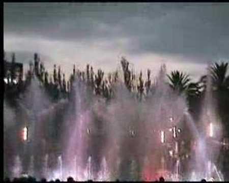 fontaine lumineuse à Salou en Espagne pdt nos vac's
