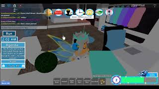First day of Royale High (Roblox RP)