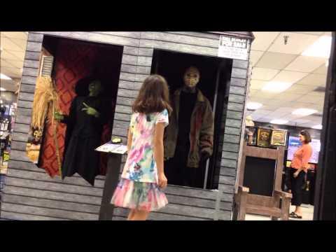Halloween Prank -Fake Animatronic