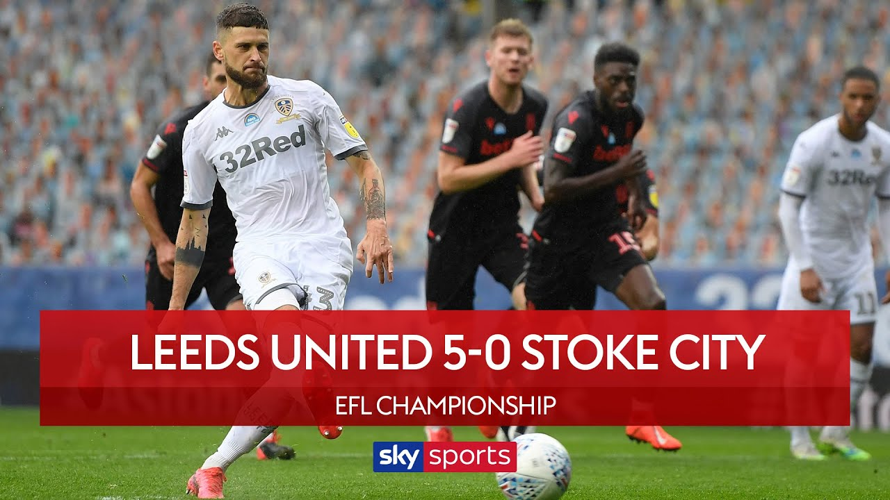Ruthless Leeds smash FIVE past Stoke City to go top! | Leeds Utd 5-0 Stoke City | EFL Highlights