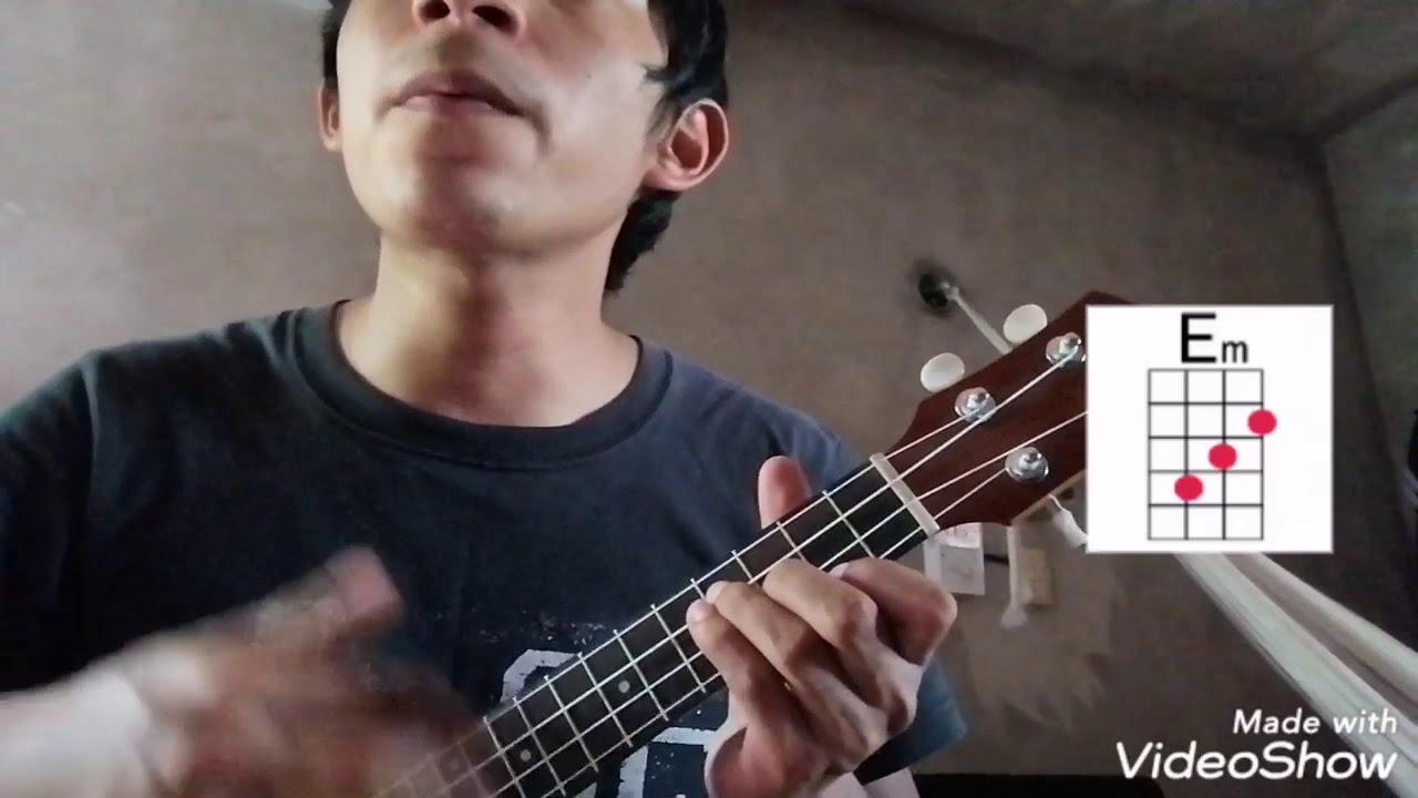 Death bed (feat. Beabadoobe) Powfu, ukulele cover and ...