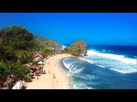 Pantai Terindah di Jawa Tengah - The Beauty of Central Java, Indonesia
