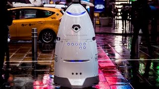 Robot Knightscope K5 thực hiện nghĩa vụ ở thành phố New York