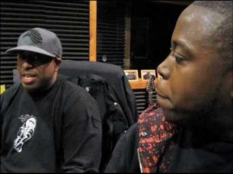 M.O.P. Feat. Memphis Bleek, Beanie Sigel & Jay-Z - Roc La Familia [DJ Premier Remix] RARE SHIT!!!