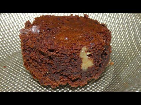 recette-des-brownies-fondants-aux-noix-et-aux-pistaches_the-best-brownies_وصفة-البراونيز-العالمية