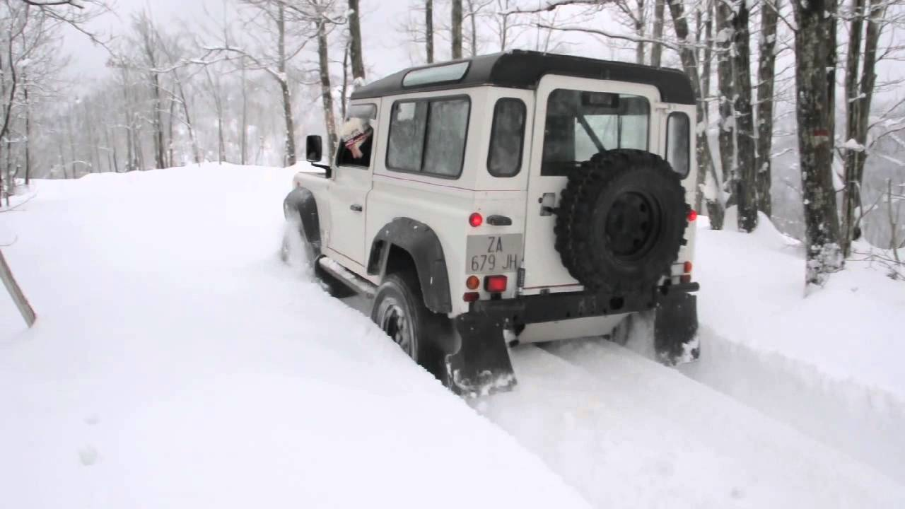 Land Rover Defender 110 >> Defender TD5 Snow Winter-Gopro-Land Rover - YouTube