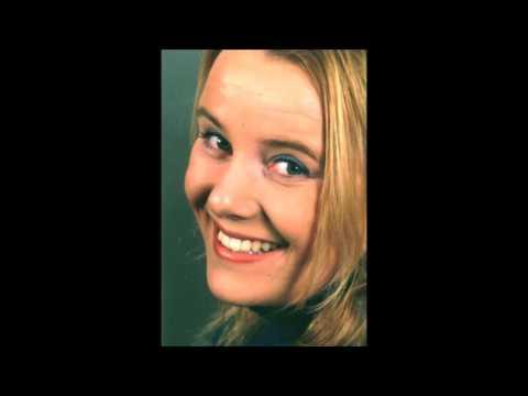 Thomas Neraasen intervjuer Anne Nørdsti for første gang på norsk radio i 2001