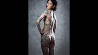 実はすごい美人! 鳥居みゆきの全身タトゥー!