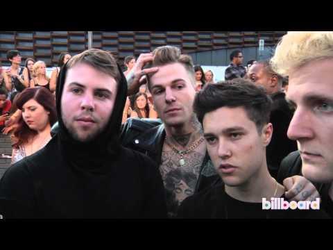The Neighbourhood on the MTV VMAs Red Carpet 2013