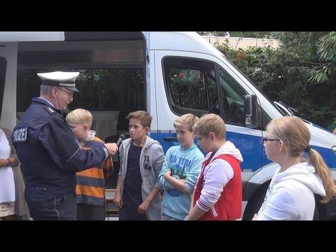 Auftaktveranstaltung zum Blitzmarathon in Gesamtschule in Bonn am 01.09.2014