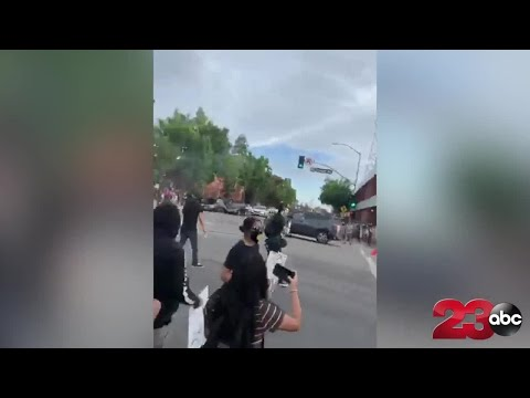 caught-on-video:-car-speeds-through-crowd-during-george-floyd-protest