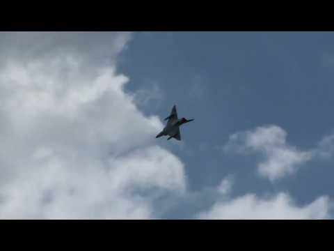 Dassault Mirage 3 DS  Démo  Full HD  Paris Air Show  Le Bourget  ( Acrobatics )2 LFTA 2009