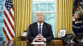 ترامب يهدد بإطلاق النار على قوافل المهاجرين الذين يرشقون الجيش بالحجارة